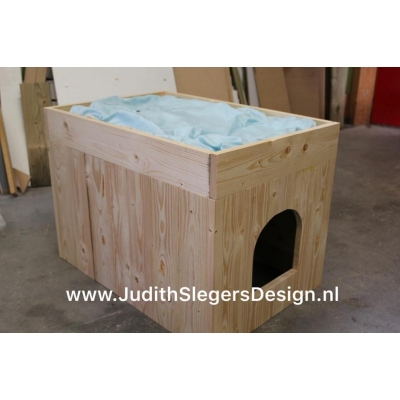 Kattenbak / ligplaats