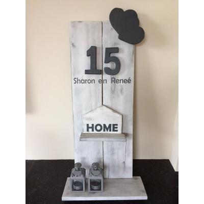 "Huisnummerbord met bordje ""HOME"""